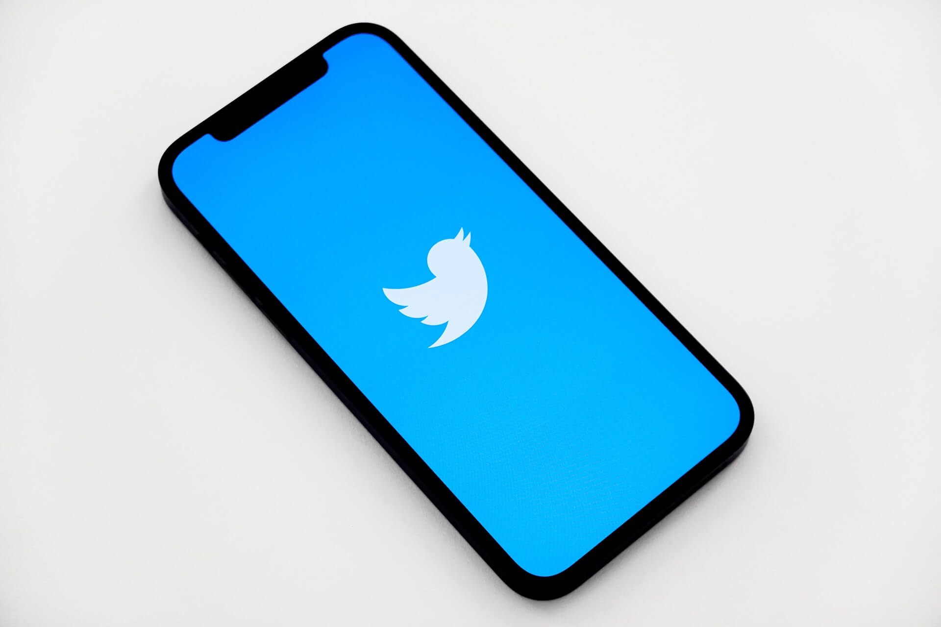 Why Use Twitter? What Are the Main Features?